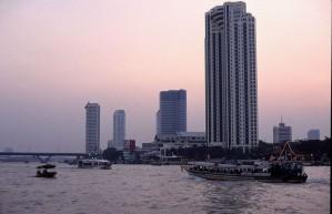 800px-Bangkok_river