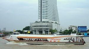 chao-phraya-river-tourist-boat